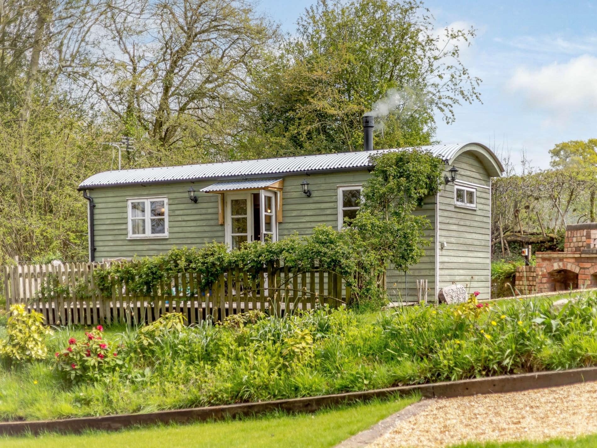 1 Bedroom Cottage in Shrewsbury, Heart of England