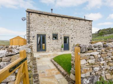 West Calf Barn (82602)