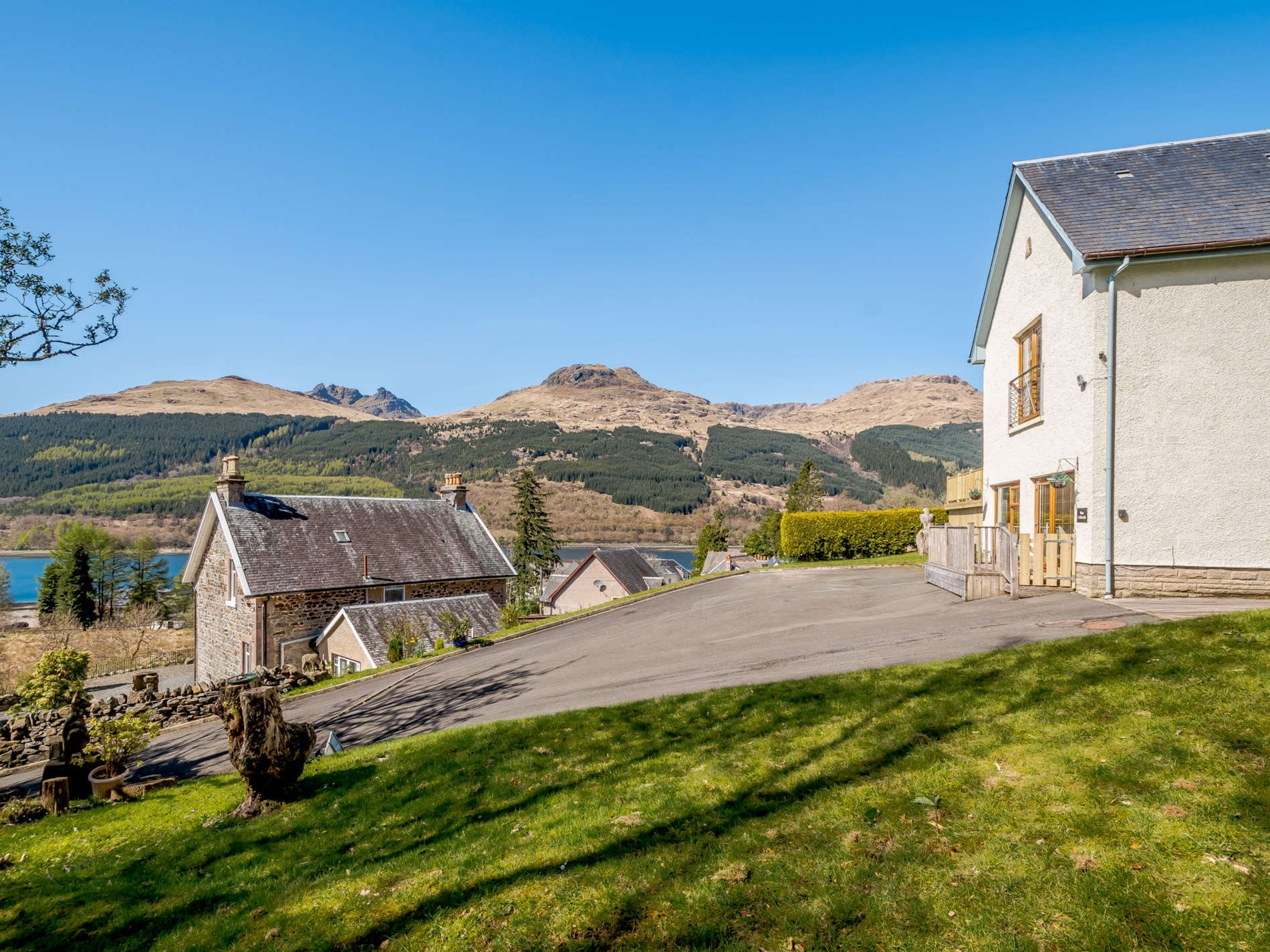 1 Bedroom Cottage in Arrochar, Argyll & The Isles
