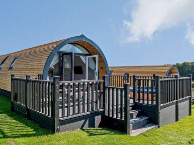 Field View - Lodge 2 (82713)