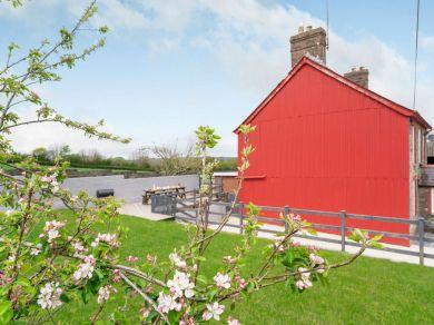 Oernant  Farmhouse (82766)