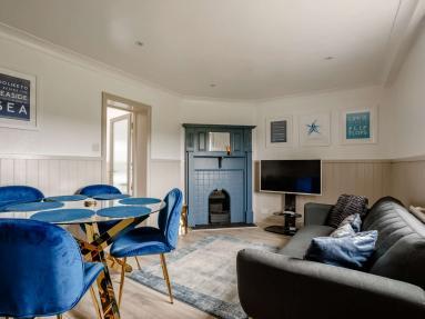 Coastguard House - Starfish Suite (82816)