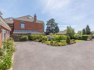 Beulah Lodge - Netley (82920)