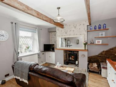 Hebble Row Cottage (82943)