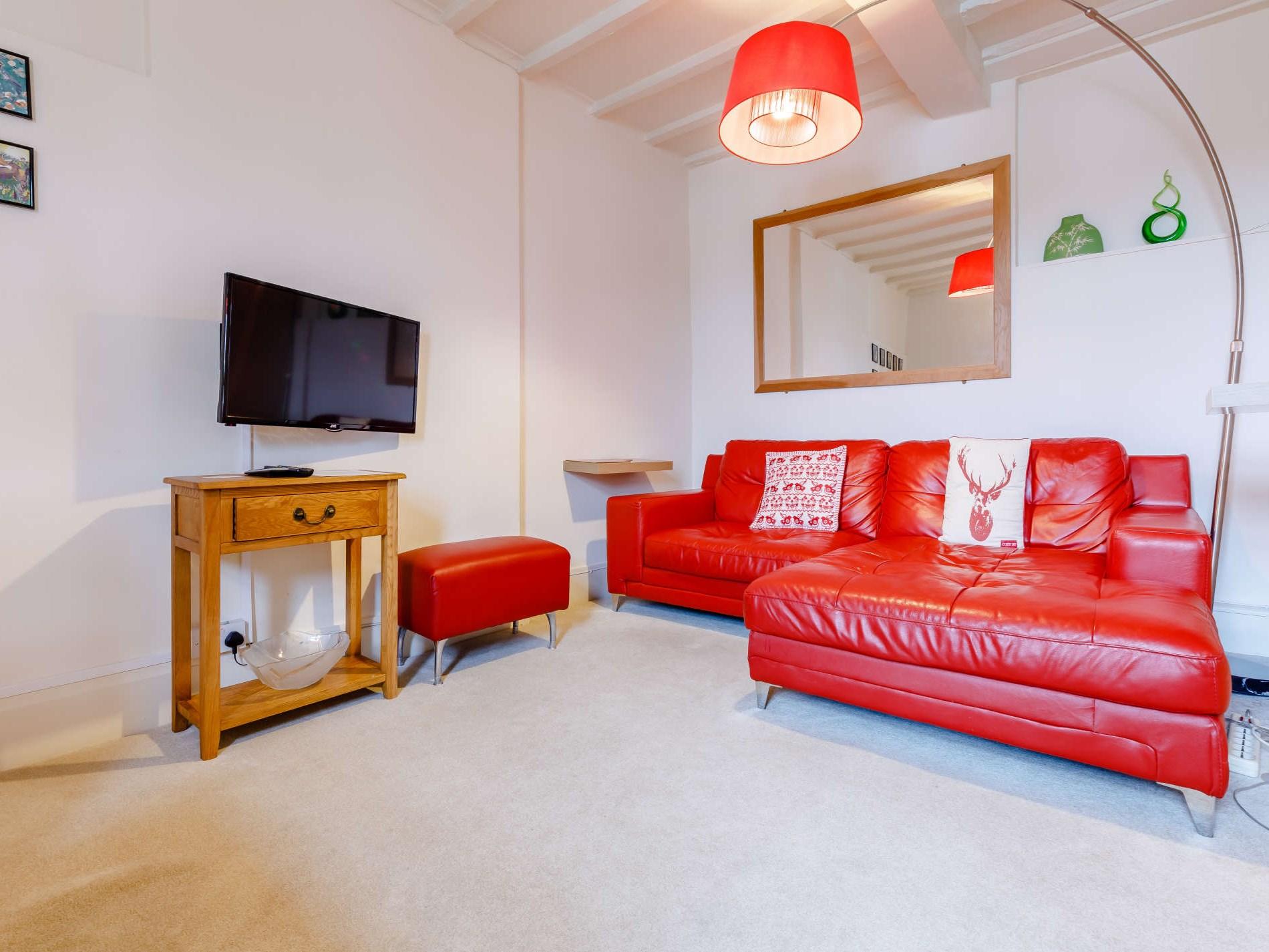 1 Bedroom Cottage in Kidderminster, Heart of England