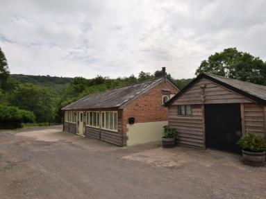 Chitcombe Stables (83013)