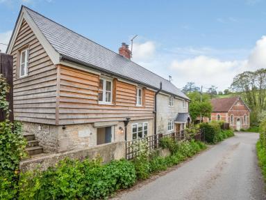 Tuckingmill Cottage (83045)