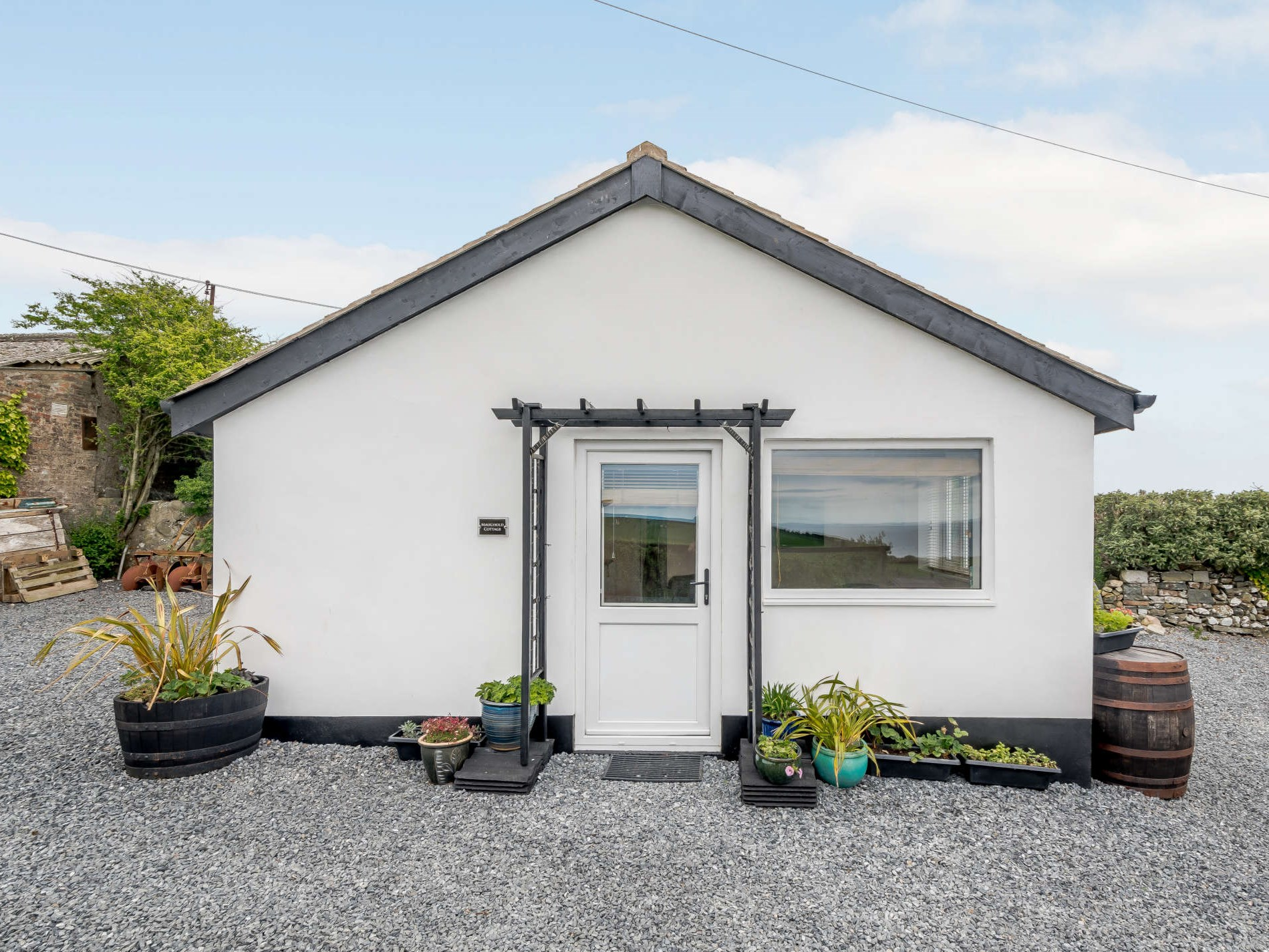1 Bedroom Cottage in Newton Stewart, Ayrshire and Dumfries & Galloway