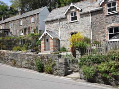 Church Cottage - Petherick (83130)