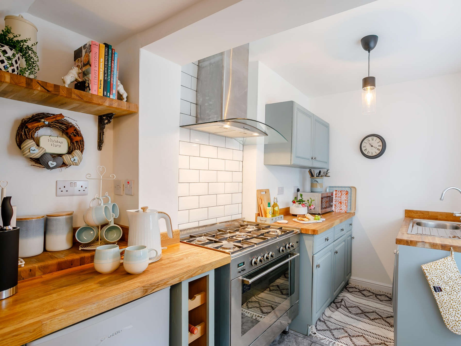 3 Bedroom Cottage in Scarborough, The Lake District and Cumbria
