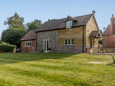 Sybils Cottage (83363)