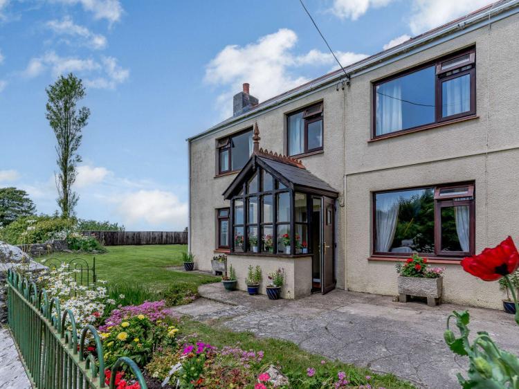 Carew Newton Farm Cottage (83439)