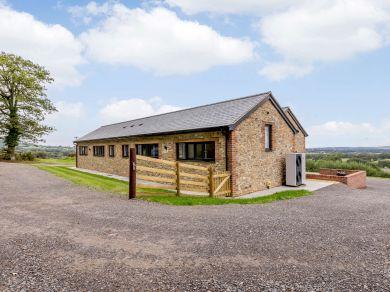 Purchases Barn (83501)