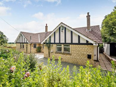 Cotswold Lodge (83515)