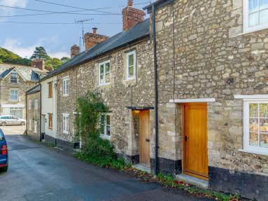 Roslyn Cottage (83516)