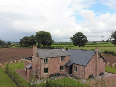 Garden Cottage - Swinmoor (83659)
