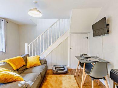 Eastmond Cottage (83748)