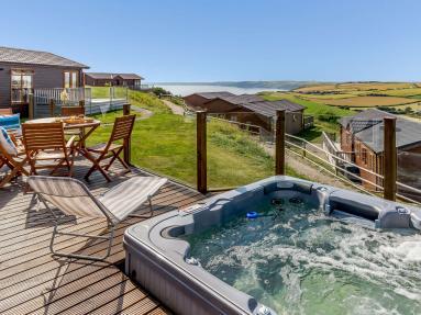 Skylark View - Whitsand Bay (83792)