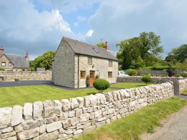 Bush Cottage (83850)