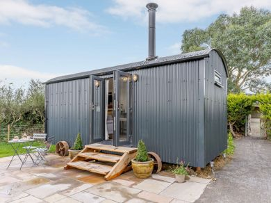 Llanbedr Felfre Shepherd's Hut (83862)
