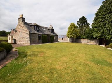 Milton Burn Farmhouse (83890)