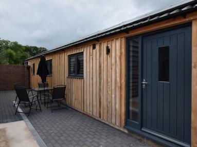 Coomb Bank Farm Barn 1 (83915)