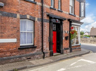 The Old Post Office Talgarth - Apartment 1 (83920)