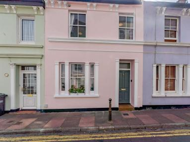 The Little Pink House - Eastbourne (83924)