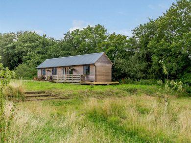 Staple Wood Farm Lodge (83974)