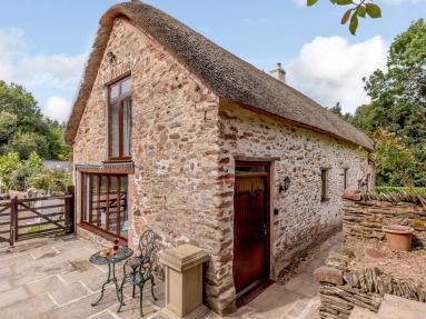 Grooms Lodge - Glasses Farm (85190)