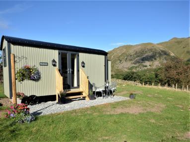 Herdwick Hut (85531)