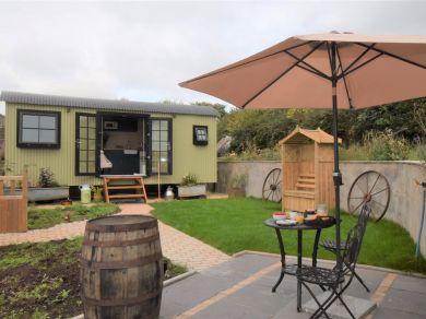 Beryl's Hut (85862)