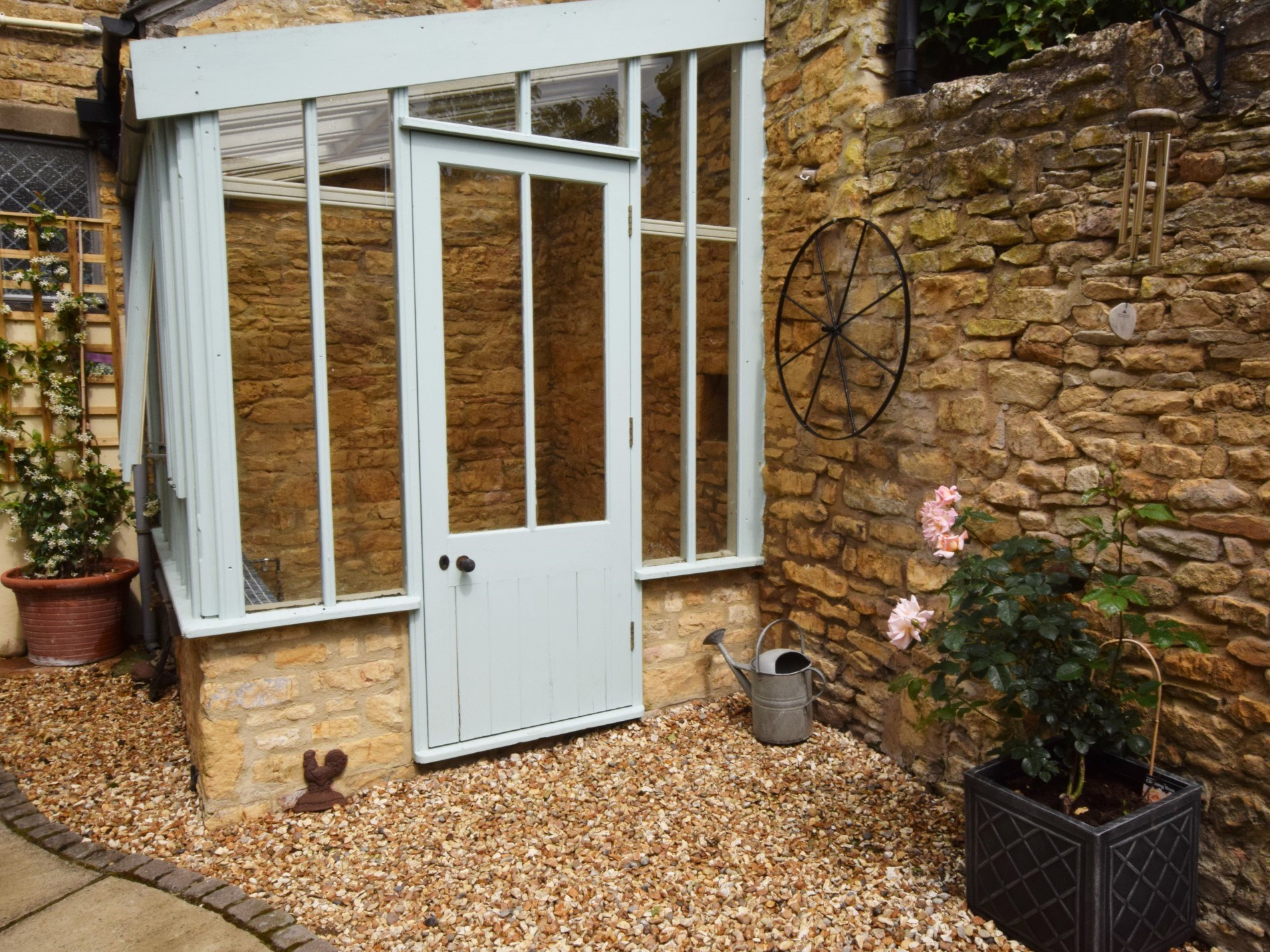 Lovely sunroom in the enclosed courtyard