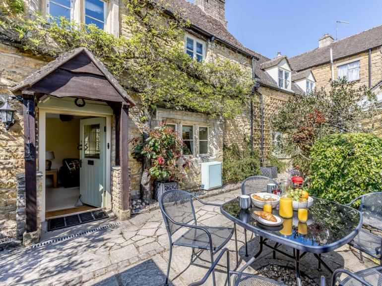 Previously two cottages now converted into one spacious property