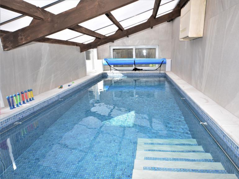 Shared heated swimming pool