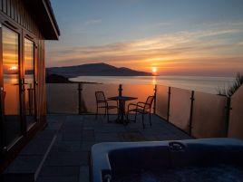 Rascarrel Bay Lodge 1