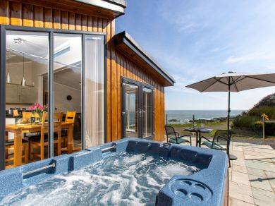 Rascarrel Bay Lodge 2 (RASC2)