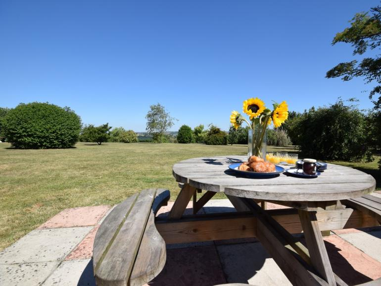 Enjoy eating al fresco in the large enclosed garden