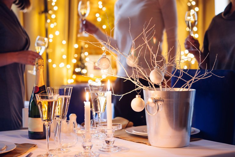 Stylish party houses to rent this New Year's Eve