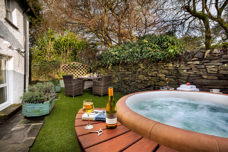 Relax in a Lake District cottage with a hot tub