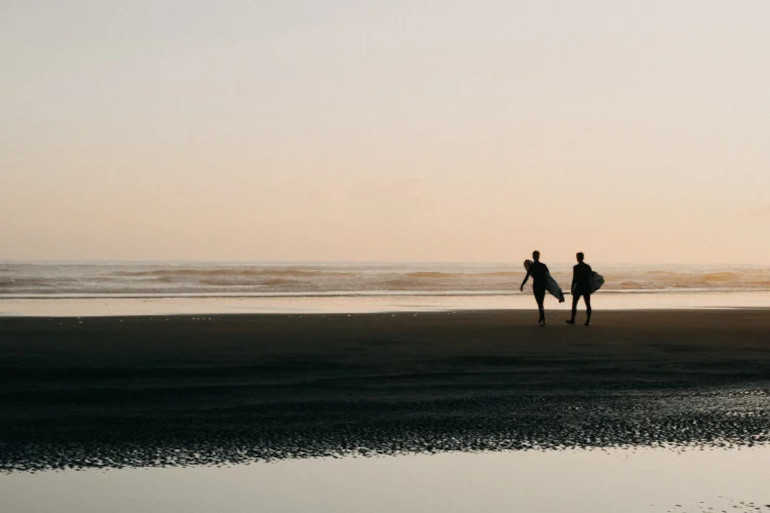 Surfing in the UK: autumn and winter