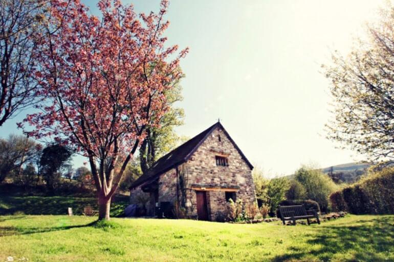 Sycamore Barn