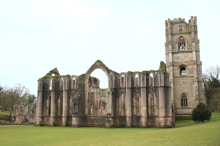 Winter walks at Fountains Abbey, Yorkshire