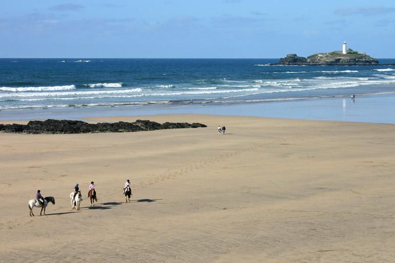 12 must-do activities in Cornwall