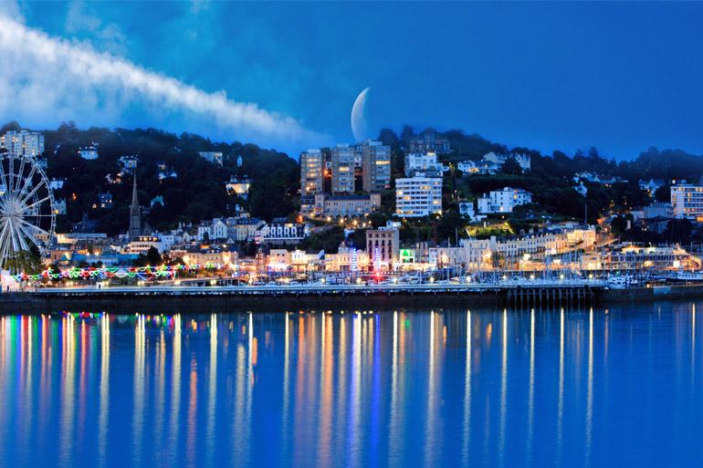 Explore the beautiful Devon coast