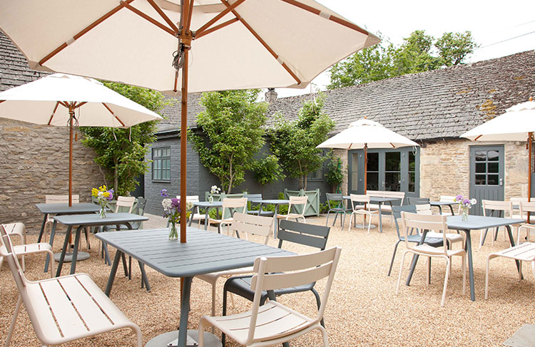 5 pubs with the prettiest beer gardens