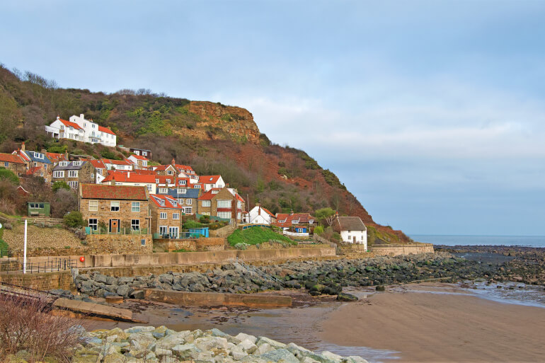 Runswick Bay - Best dog-friendly Yorkshire beaches