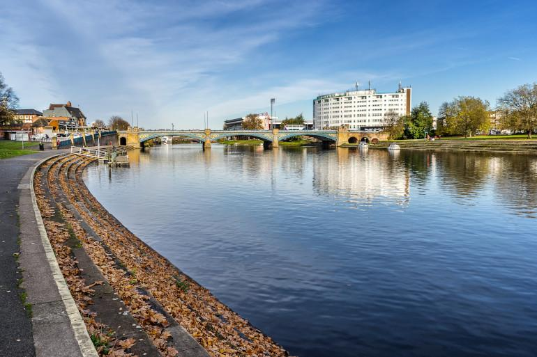 Nottingham Embankment, River Trent, Nottinghamshire