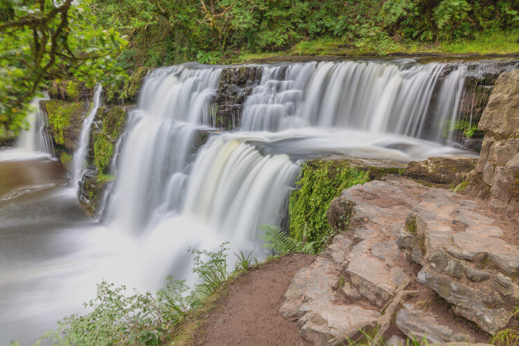 Four Falls Trail (4 Waterfalls Walk)
