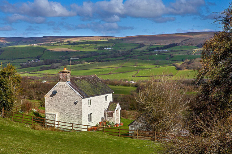 Remote holiday cottage in the Brecon Beacons